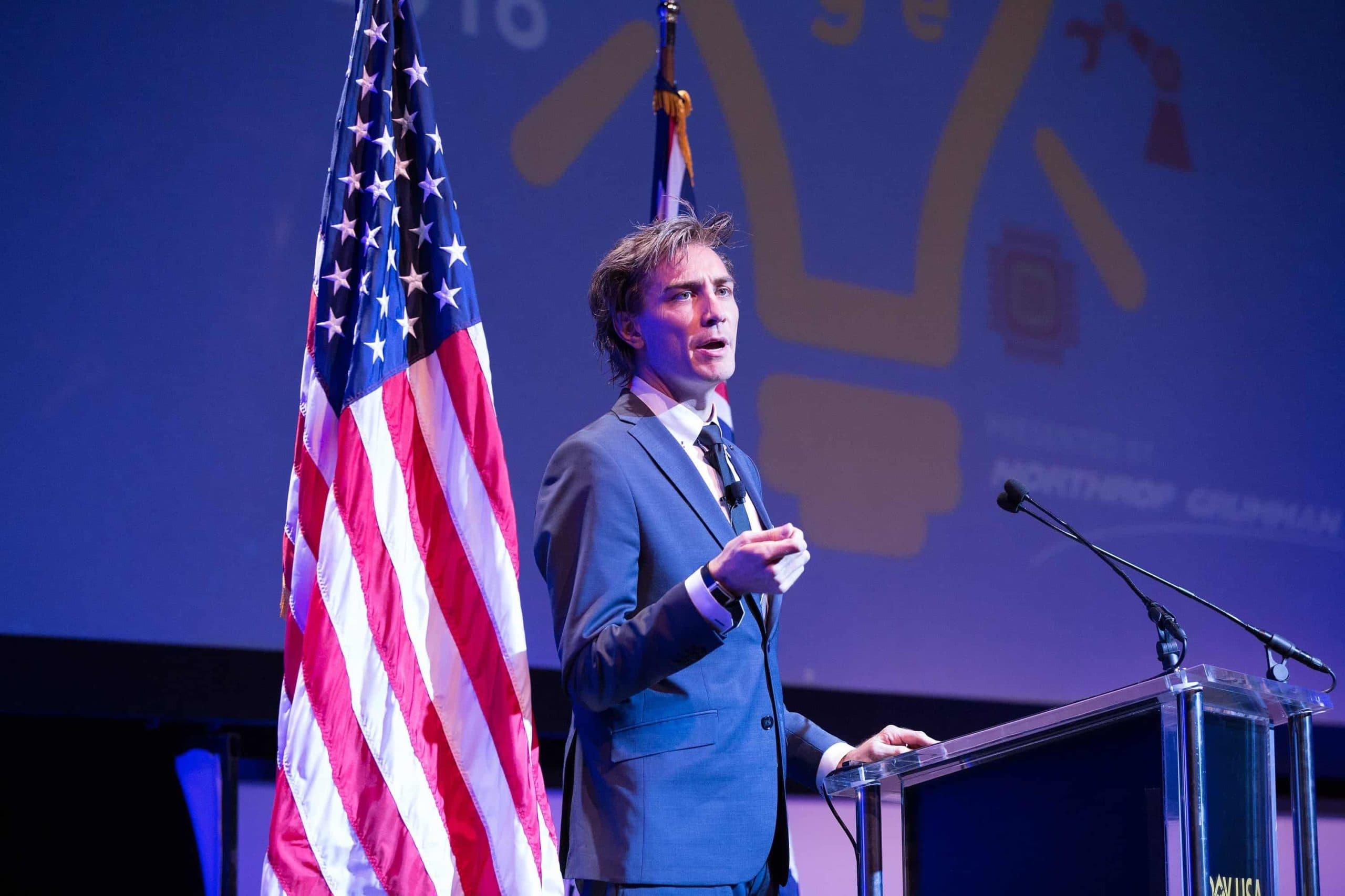 Innovators Xchange 2016 G'Day USA - Gray Bright emcee